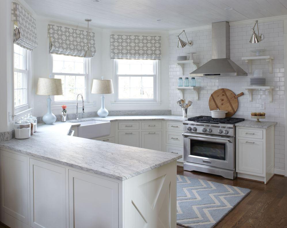 Дизайн кухни с эркером 34 фото интерьеров