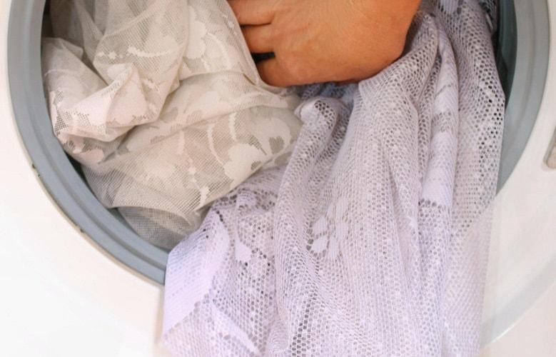 Как правильно стирать белый тюль, ручная и машинная стирка в ...