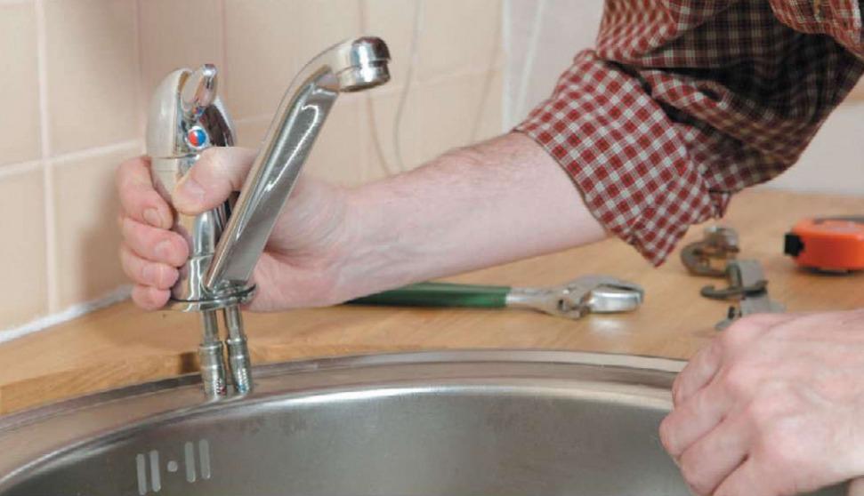 как заменить смеситель на кухне