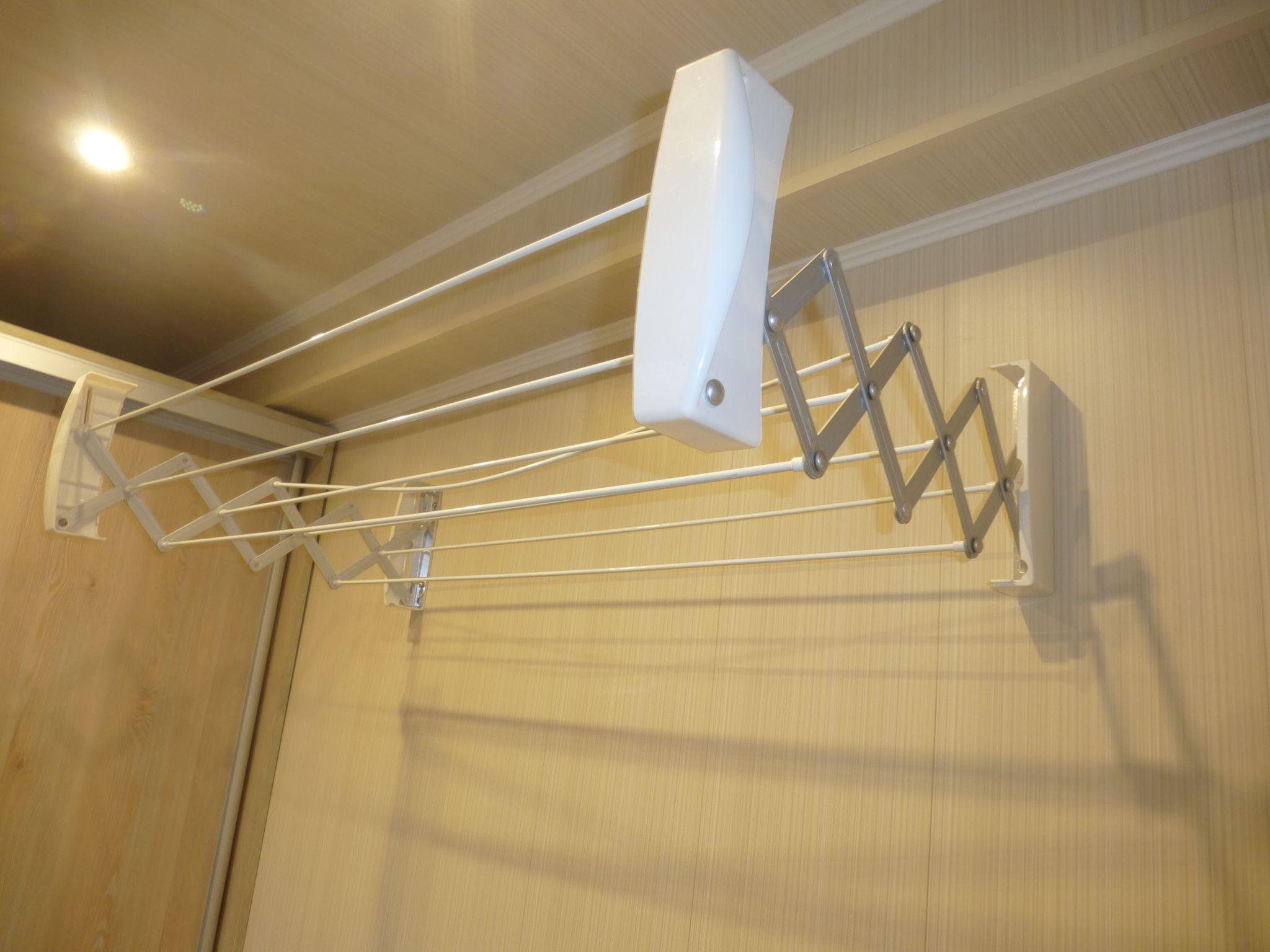 сушилка для белья в ванную (главный ключ)