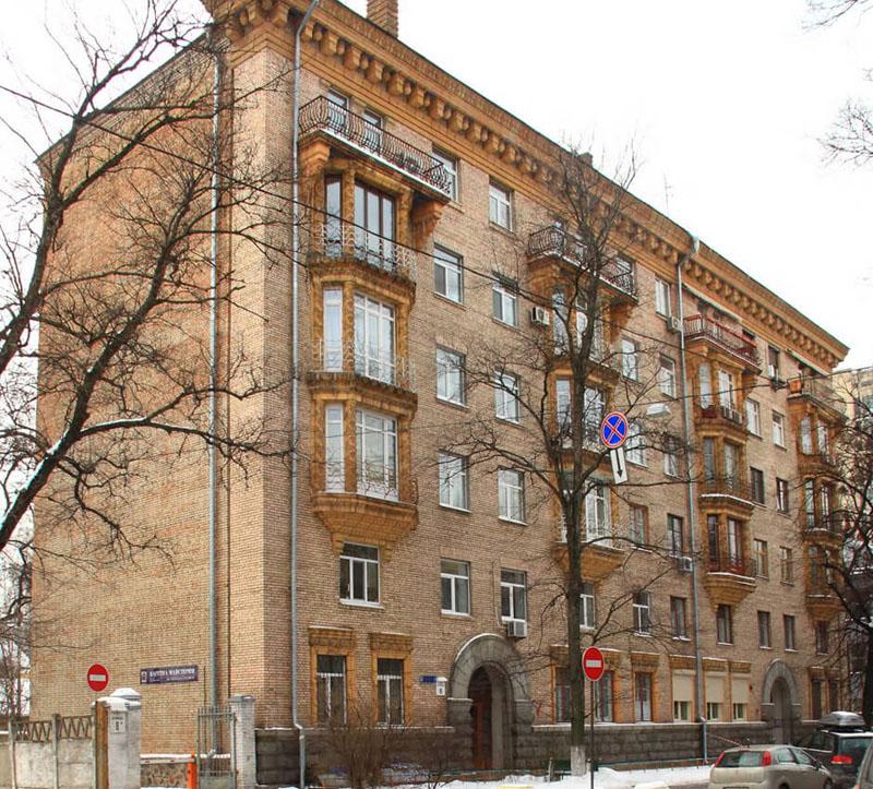 сталинка планировка 2 комнатная