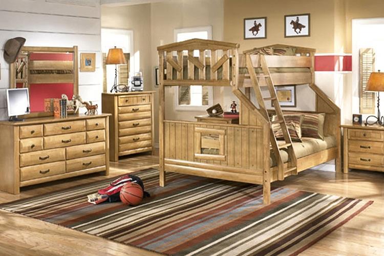 Детская деревянная мебель