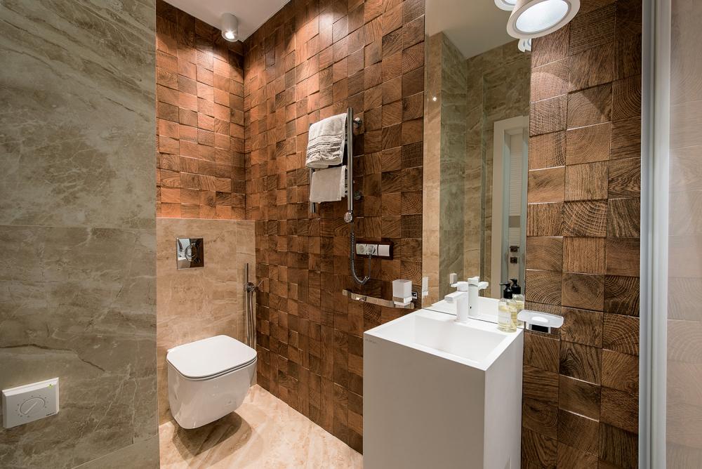 интерьер туалета маленького размера (главный ключ)