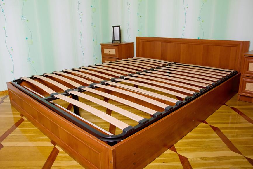 избавиться от скрипа кровати