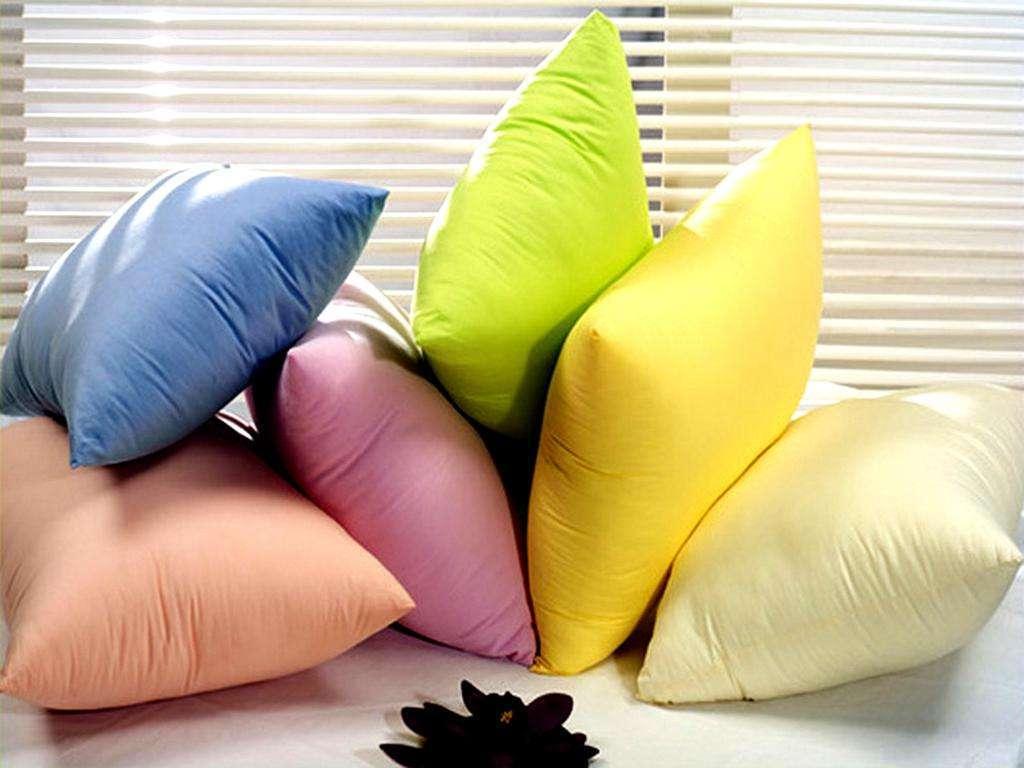 Готовая подушка своими руками: чем набить и как сшить на нее чехол и наволочку