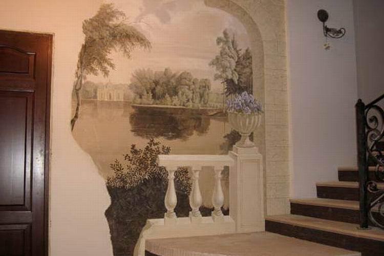 декор стен в прихожей