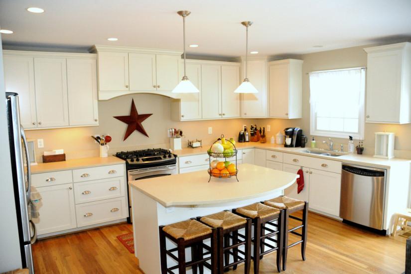 кухня с желтыми фасадами