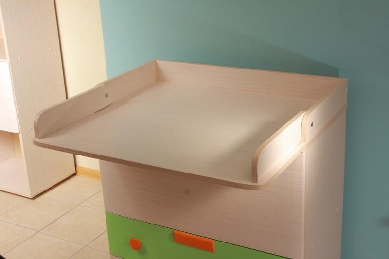 столик для пеленания ребенка