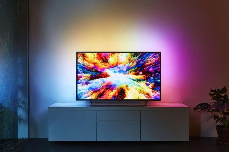 куда повесить телевизор на кухне