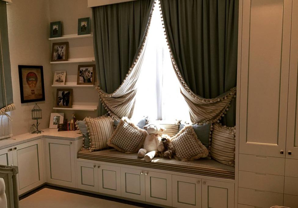 интерьер спальни для девушки в современном стиле