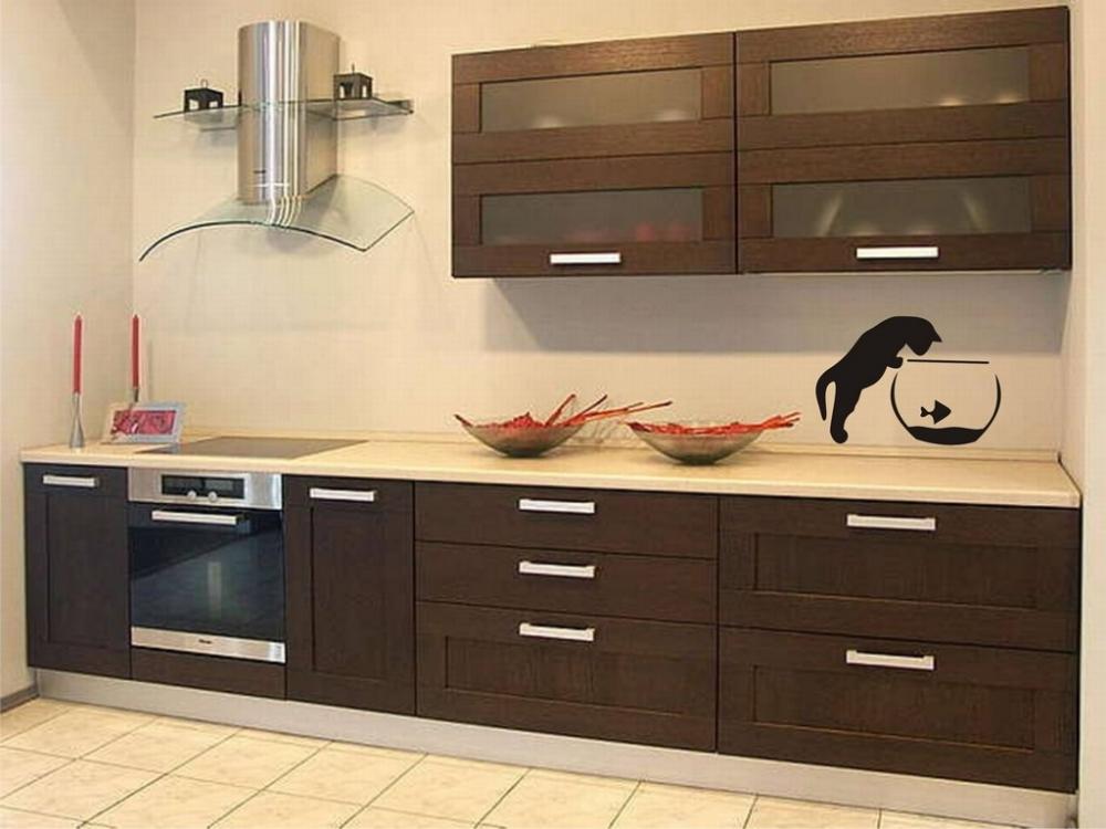 кухня цвета венге и ваниль