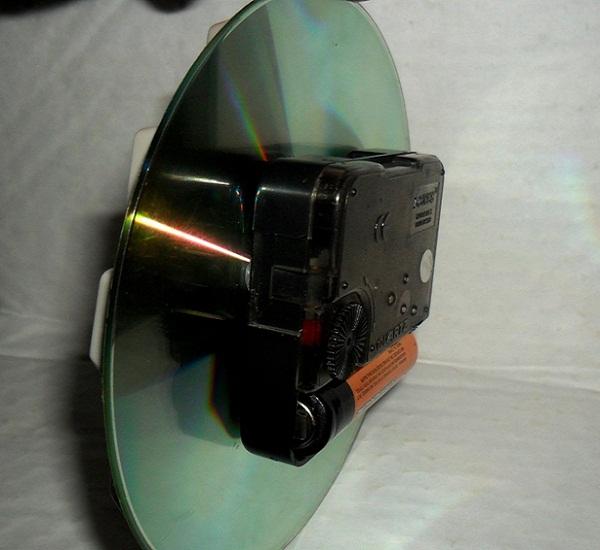 часы из дисков своими руками