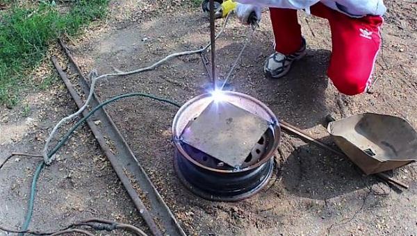 мангал из колесного диска