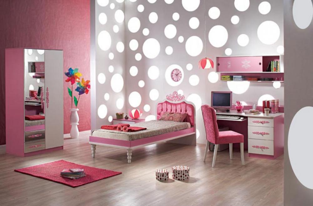 обставить детскую комнату для девочки