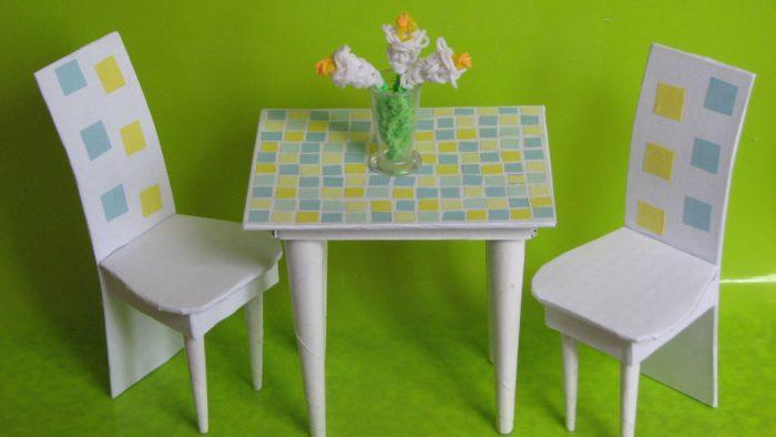 обеденный стол для кукол
