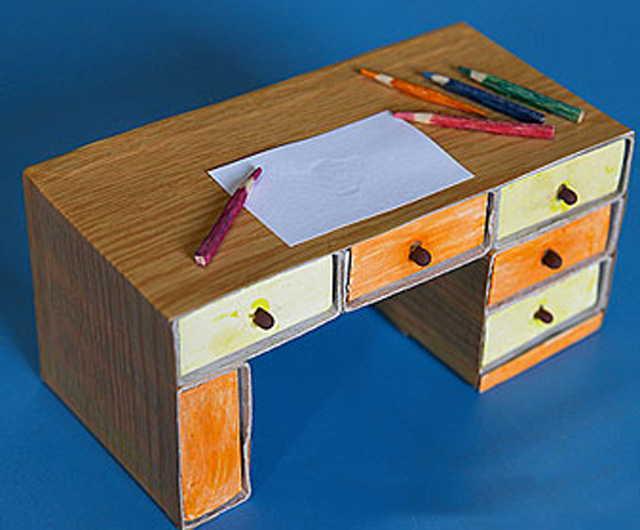 как сделать компьютерный стол для кукол