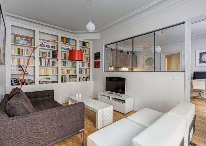 7 однокомнатных квартир, в которых перегородка решила все проблемы