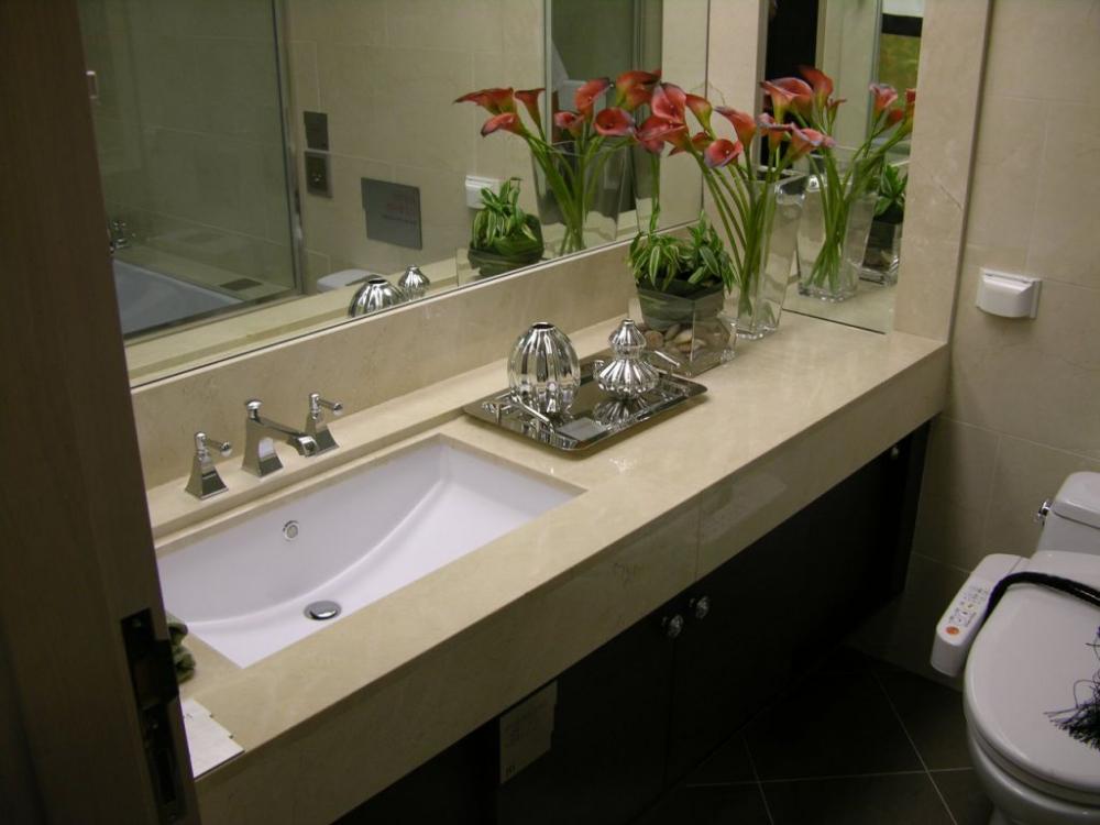 Столешница в ванную комнату под раковину своими руками – инструкция ...