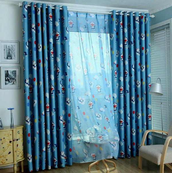 Яркие и модные шторы в детскую для мальчика