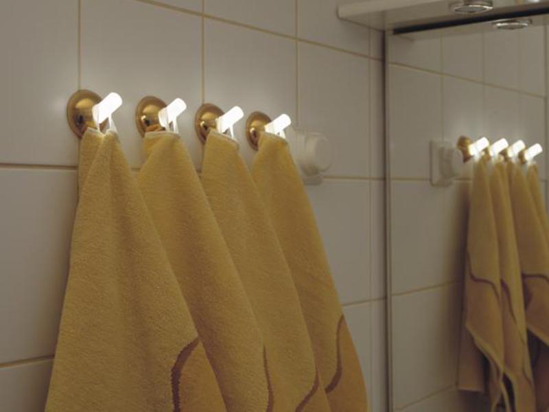 вешалки для полотенец в ванную комнату