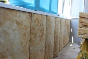 Утепление балкона изнутри минватой: пошаговая инструкция
