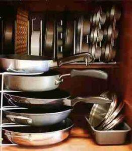 Хранение кастрюль и сковородок на кухне: идеи и лайфхаки