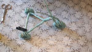 Плетение кашпо из газетных трубочек: пошаговые мастер-классы с фото