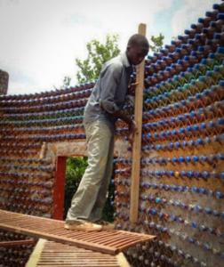 Парник из бутылок своими руками: пластиковых, стеклянных, идеи и варианты