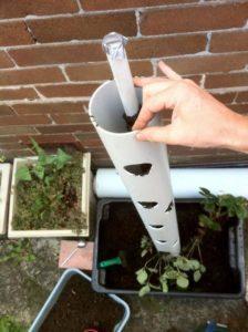 Вертикальные клумбы для петунии своими руками: пошаговая инструкция + фото