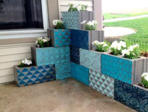 Клумбы из блоков своими руками: фото, как сделать из шлакоблоков, бетонных, строительных и пеноблоков