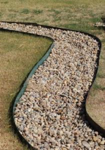 Грядки из бордюрной ленты: фото, как сделать, установка