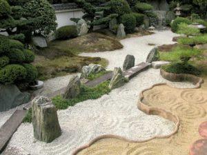 Рокарий в ландшафтном дизайне: что такое, как сделать, пошаговая инструкция