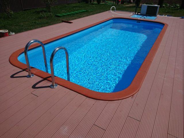 Из чего и как можно сделать бассейн на даче своими руками