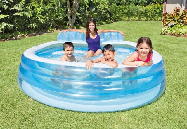 Как правильно установить и надуть надувной бассейн на даче своими руками