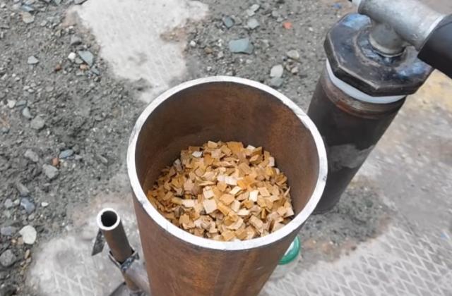 Как сделать коптилку из старой газовой плиты своими руками