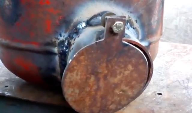Как сделать мангал-коптильню из газового баллона своими руками
