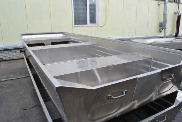 Правила хранения алюминиевых, резиновых, ПВХ лодок зимой и летом