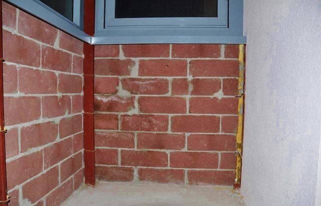 Утепление кирпичного балкона (лоджии) изнутри своими руками: пошаговая инструкция
