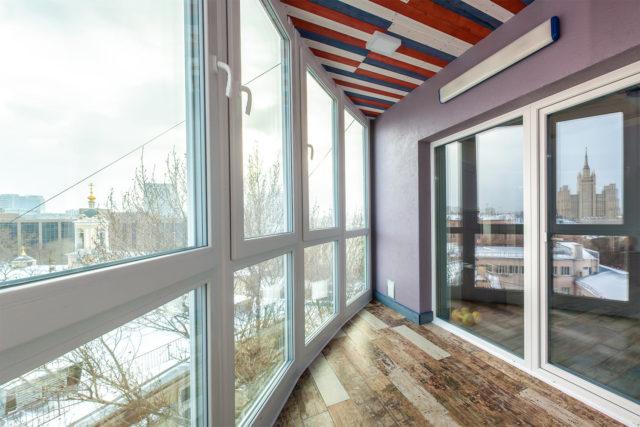 Стоит ли и как утеплить балкон (лоджию) с холодным остеклением