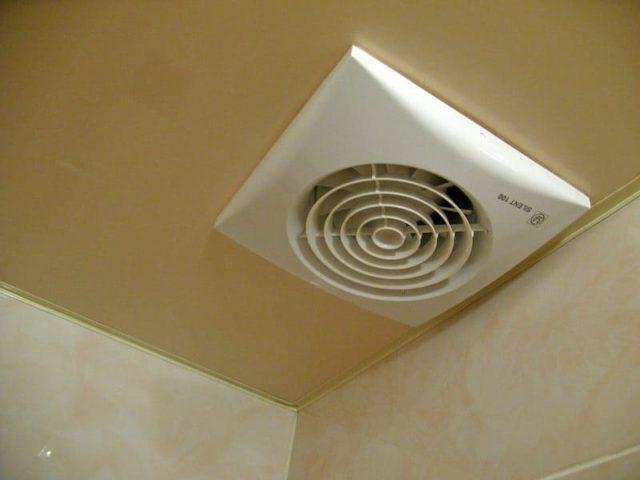 Почему в туалете конденсат на унитазе: что делать, если потеет бачок, как устранить, видео