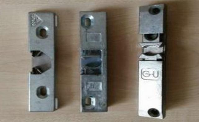 Как установить магнит на балконную пластиковую дверь