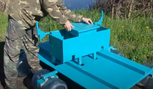 Как построить лодку или плот из бутылок и досок своими руками