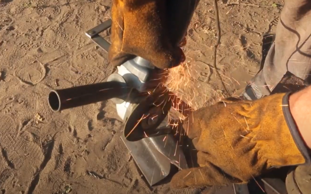 Как сделать подставку для шампуров из дерева, металла