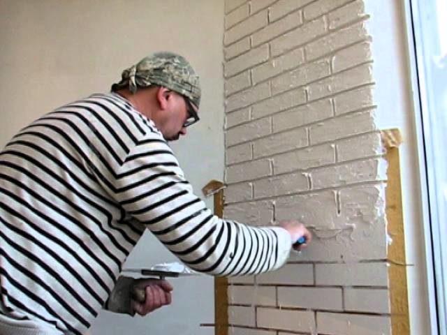 Отделка стен под кирпич штукатуркой своими руками